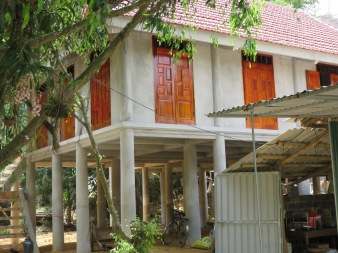 Modern stilt house!